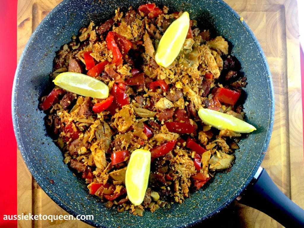 Chicken & Chorizo Cauliflower Keto Paella by Aussie Keto Queen. This Chicken & Chorizo Cauliflower Keto Paella is an easy weeknight meal made in a single pot. A typical paella dish is made from rice, vegetables, chicken and chorizo or seafood. I replaced cauliflower with rice, which made this a keto-friendly dish.#ketogenicrecipes #ketogenicdiet #LCHF