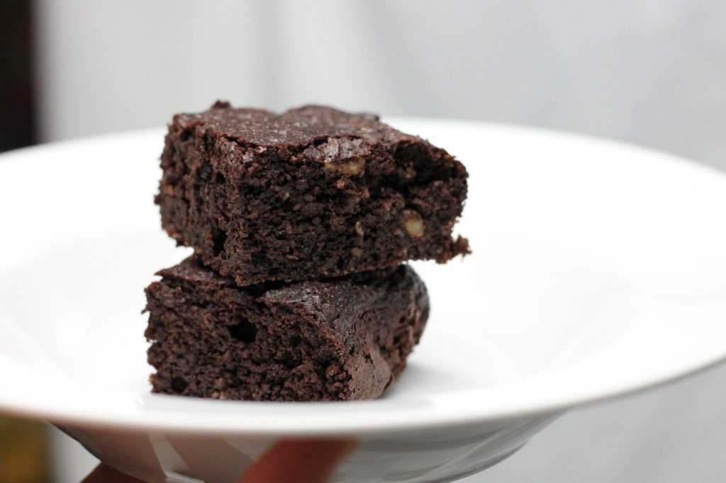 Easy Keto Brownies will become a regular in your keto dessert rotation. Ready in just 25 mins, they use simple ingredients every keto baker has on hand.