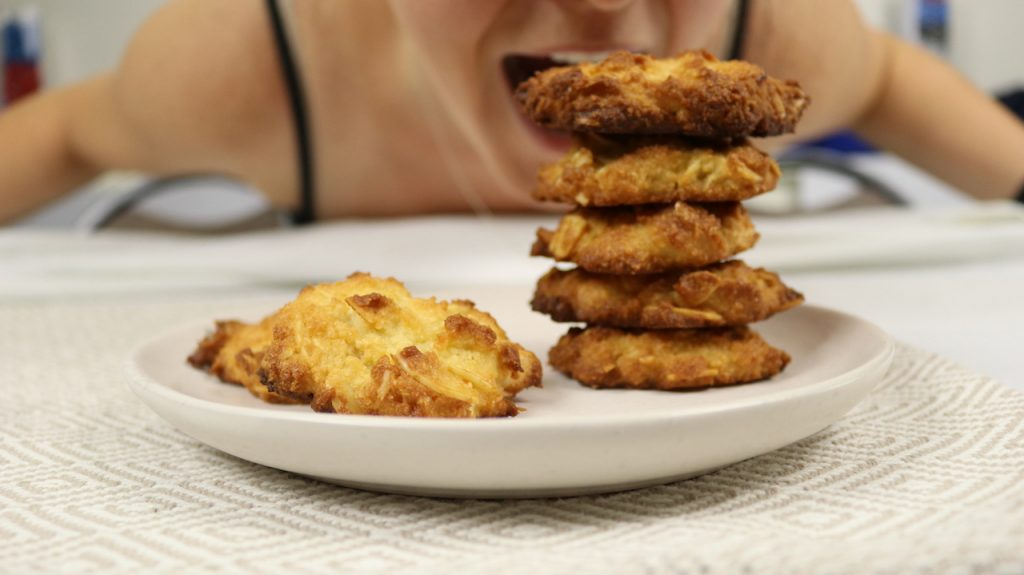 Keto Anzac Biscuits are the perfect keto cookie or keto biscuit recipe to honour our brave ANZACs. Simple ingredients and easy to make!