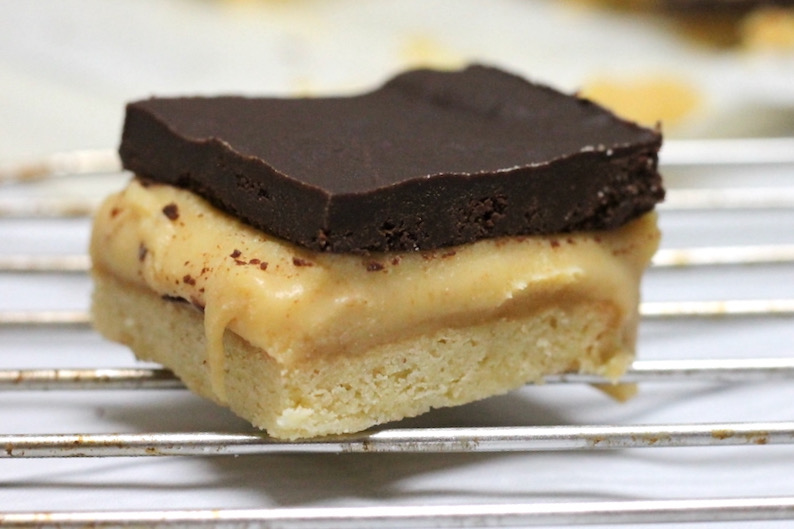 Keto Caramel Slice is the perfect decadent keto dessert or snack. With simple ingredients and completely worth the effort, this will become a go-to favourite in no time.
