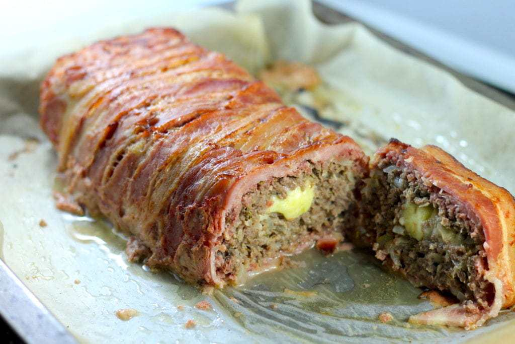 Keto Meatloaf – Bacon Wrapped and Cheese Stuffed recipe by Aussie Keto Queen. Keto Meatloaf, Keto Bacon Meatloaf, Keto Cheese stuffed meatloaf