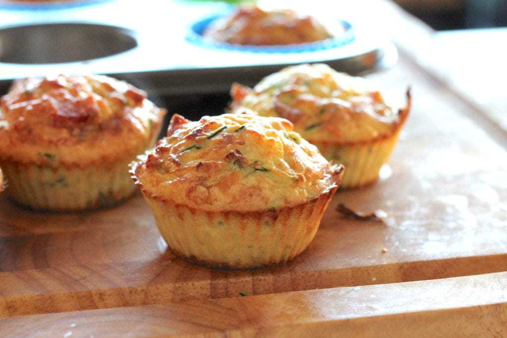 Keto Ham and Zucchini Muffins by Rachel Burke Aussie Keto Queen. Simple flavours done well, these are moist little bites perfect for a lunch or snack on the go. Make a batch ahead and freeze for lunches all week or an after work/school snack!
