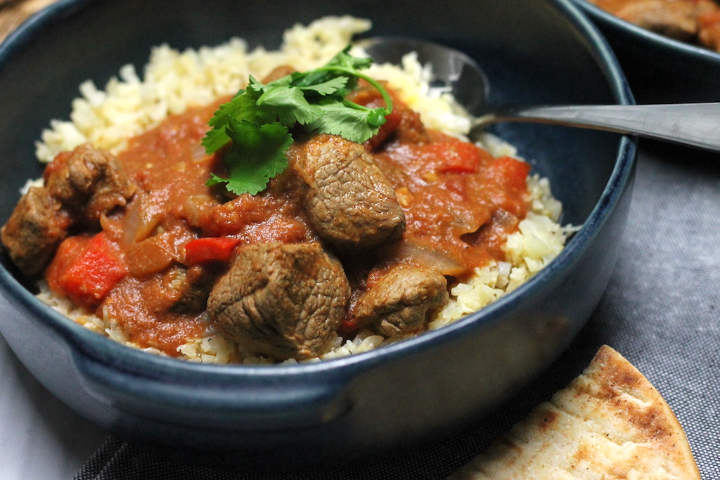 This Keto Rogan Josh curry by Aussie Keto Queen lightens the carb load a bit without skimping on any of the flavour. I think this Keto Rogan Josh is best served with steamed cauliflower rice or just on its own! Keto Curry, Keto Rogan Josh Curry, Keto Indian Curry, Keto Spicy Food, Keto Lamb Rogan Josh