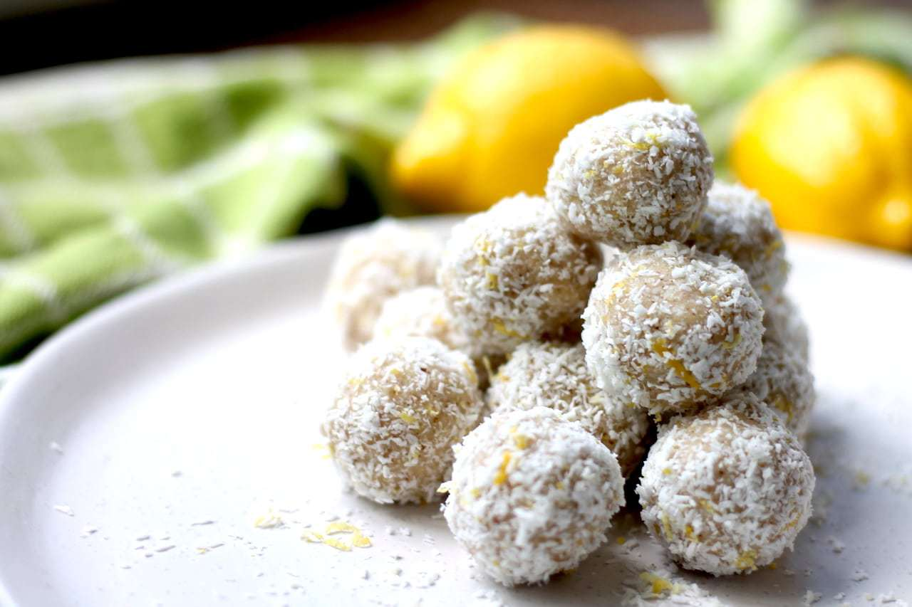 Keto Bliss Balls – Lemon and Coconut