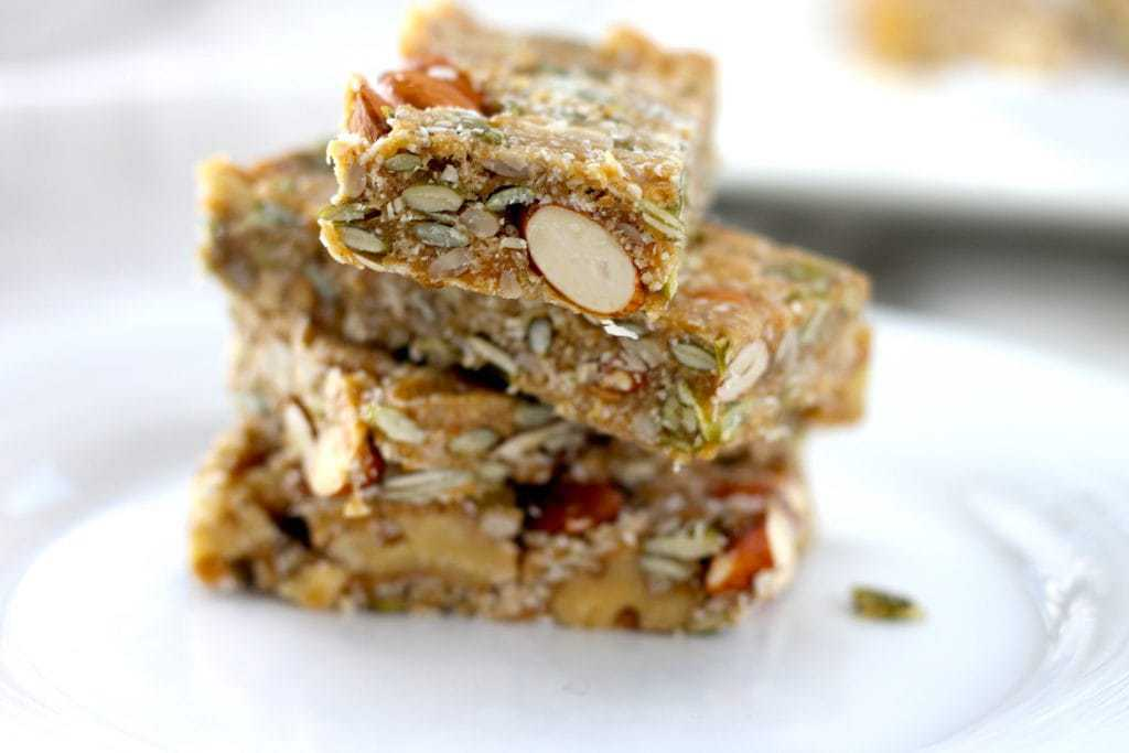 Keto Nut Bars - The Perfect Keto Breakfast, this easy snack is low carb and high fat, making it a great freezer friendly keto snack that you can grab and go! #keto #ketogenicrecipes #ketogenicdiet #LCHF