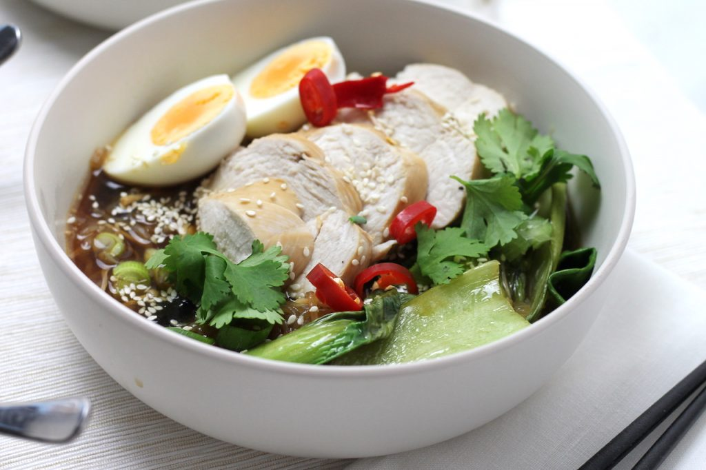 Keto Chicken Ramen Noodles is a great broth based dinner, easy to prepare for weeknight Keto meals and loaded with flavour. Entertain a Keto crowd with ease! #keto #ketodinner #easyketo #japaneseketo