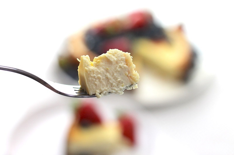 A delicious Keto Dessert perfect for Summer, this Low Carb Keto Ricotta Cheesecake is so impressive, your friends and family won't even know they're eating healthy. Delicious, simple and so decadent, topped with fresh berries. #summerdessert #ketodessert #ketocheesecake #ketogenicdiet