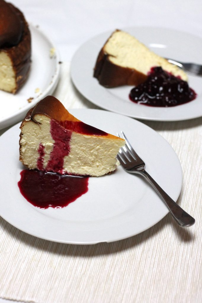 Keto Burnt Basque Cheesecake is a must have recipe in your repertoire. Easier than it looks and with a gorgeous, caramelised outside, the inside stays silky smooth and rich. You don't need a lot to be satisfied, so take it to your next party of BBQ - the guests won't believe it is a Keto dessert!