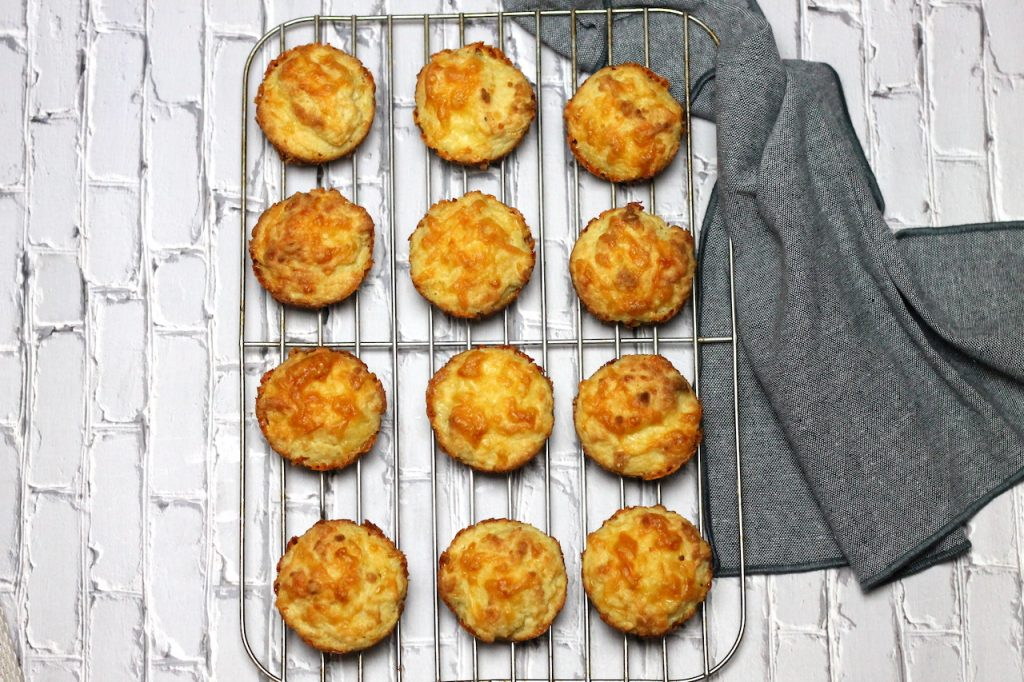 Keto Cheese Garlic Rolls by Aussie Keto Queen. The perfect side dish - Keto Cheese Garlic Rolls are soft and fluffy, cheesy and loaded with garlic. Kids, husbands and everyone loves them, perfect for mopping up the sauce in your favourite Keto Dinner!